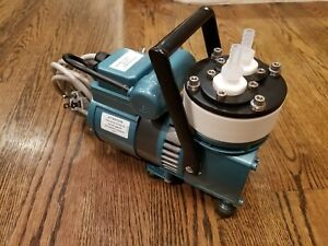 Knf Neuberger Un726 1 2 Ftp Oil less Vacuum Pump Excellent