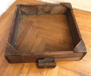 Primitive Old Farm House Barn Hand Tool Wood Wire Sifter Box Shelf Drawer