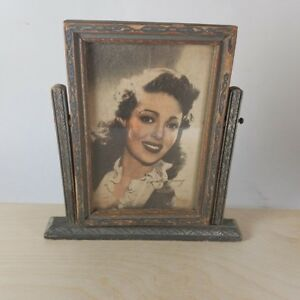 Vintage Wood Hinged Picture Frame With Lorettayoung Print