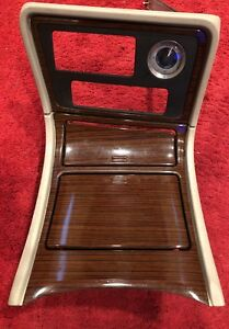 2003 2006 Cadillac Escalade Lower Bezel Center Console Cup Holder Panel Oem