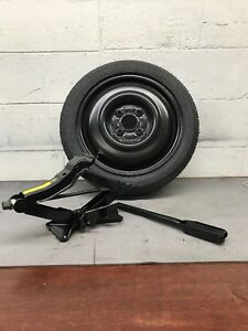 91 02 98 Saturn S Series Sw2 Spare Tire wheel And Jack tool Kit T115 70r14