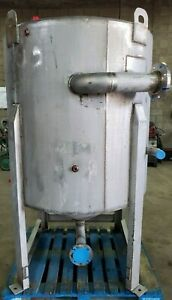200 Gallon Stainless Steel Cone Bottom Tank 1 Psig 300 f