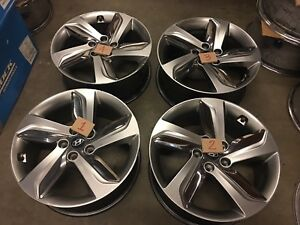 18 Hyundai Veloster 2013 2015 Oem Factory Original Alloy Wheels Rims 70844a