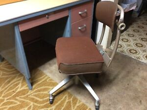Vintage Tanker Steelcase Office Swivel Desk Chair Industrial Mid Century