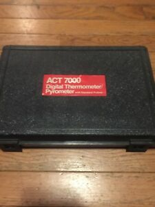 Snap on Act 7000 Digital Thermometer pyrometer With Case