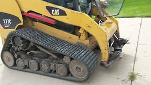 Powered Quick Attach Conversion For Caterpillar Compact Skid Loaders