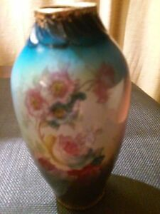 Royal Bonn Pocelain Germany Hand Painted Flowers 5 5 Multi Color Vase