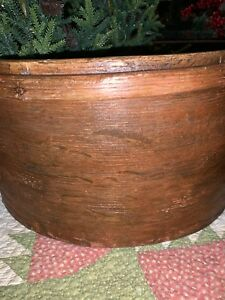 Large Early Antique Primitive Round Dry Measure Pantry Box Salmon Bittersweet
