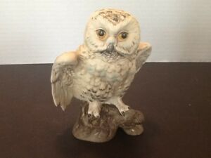 Vintage Ucci Japan Ceramic Owl Figurine 5 Tall