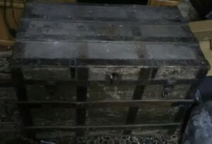 Antique Steamer Flat Top Trunk Great Restoration Project