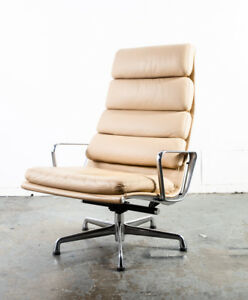 Mid Century Modern Lounge Chair Eames Soft Pad High Herman Miller Beige Leather