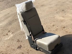 New Gray Center Console Jump Seat For A 2017 2019 Ford Super Duty F350