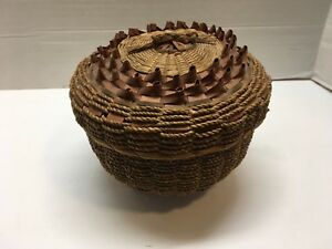 Vintage Handmade Sweet Grass Basket With Porcupine Curls Cover Sewing Basket