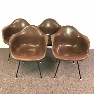 Single Eames For Herman Miller Fiberglass Shell Chair W Original H Base
