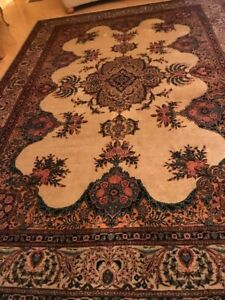 Large Persian 9 X10 Handknotted100 Wool Pile Rug