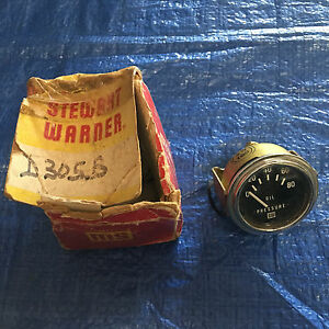 Stewart Warner Vintage 2 1 8 Oil Pressure Gauge New Old Stock W Box Mint
