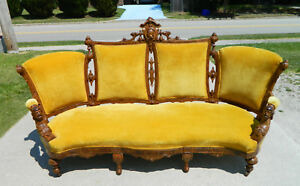 Walnut Jelliff Sofa Gold Velvet