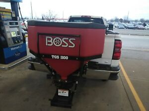 Boss Tailgate Salt Spreader Tgs 1100 Very Little Use Buyers Saltdogg Western