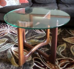 Adrian Pearsall Craft Associates Walnut Wood Ribbon End Table Mid Century Modern