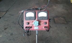 Vintage Sun Model 20 Volts Ampre Battery Tester With Stand