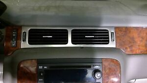 2007 Chevrolet Tahoe Dash Insert Wood Grain With Vents