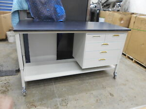 72 X 30 X 37 Composite Top Laboratory Work Bench table With 5 Drawers