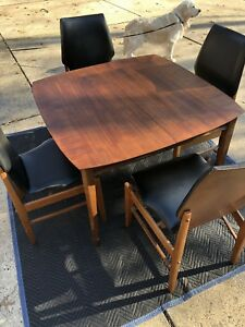 Midcentury Modern Walnut Dining Set Table And 4 Midcentury Modern Chairs Great