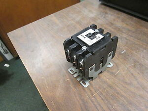Eaton Contactor C25fnf375 75a 104 120v Coil Used