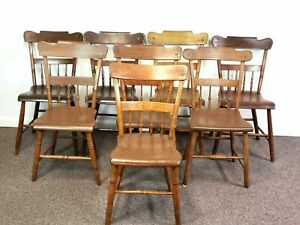 Assembled Set Of 8 Half Back Spindle Windsor Dining Side Chairs 19th Century