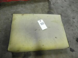 John Deere 2 Cylinder Tractor Seat Bottom Tag 060