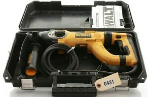 Dewalt 8 Amp 1 In Corded Sds plus D handle Concrete masonry Rotary Hammer