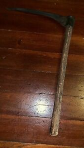 Vintage Primitive 19 Grass Snath Sythe Sickle 12 Blade Beautiful Patina Rusty