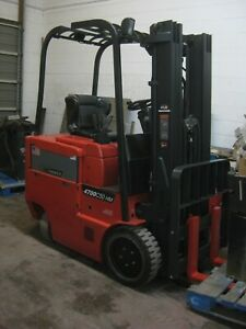 Raymond 5 000 Lb Electric Sit down Forklift 3 Stage Mast Side Shift Sav