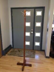 Antique Oak Standing Hat And Coat Hall Tree 1900s Era Modern Hooks