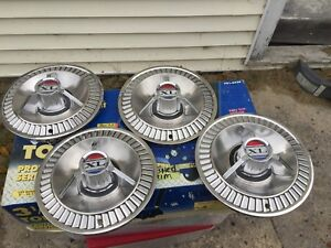 1964 Ford Galaxie 500 Xl Spinner 14 Hubcaps Set Of 4 1961 1962 1963