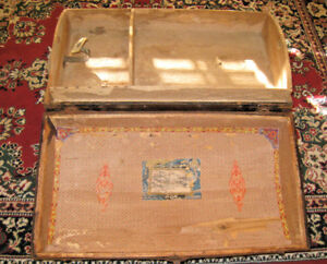 Old Steamer Trunk Dome Wood Metal Slats Shelf Label 15 5x18x 30