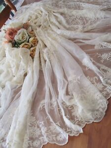 Exquisite Early French Normandy Lace Bed Coverlet Perfect Condition