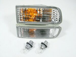 Fits 99 02 Toyota 4runner Turn Signal Light Lamp Pair L R With Bulbs Included