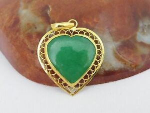 Vintage 24k 980 Solid Gold Apple Green Jadeite Jade Filigree Heart Pendant