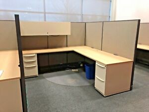 7 X 7 1 2 X 64 h Cubicle System By Haworth Office Furniture