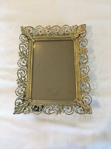 Vintage Picture Frame Shabby Ornate White Over Gold Filigree Floral Metal 5x7