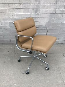 Herman Miller Eames Aluminum Group Soft Pad Cognac Mgmt Chair Excellent Cond