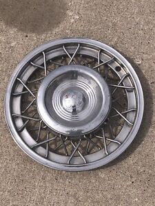 49 50 51 52 53 Oldsmobile Wire Hubcap 88 98 Holiday Fiesta Club Coupe Wheelcover