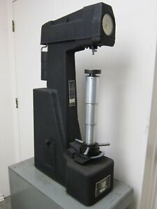 Rockwell Hardness Tester With Stand Accessories