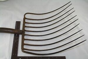 10 Tine Hay Rake Pitch Fork Farm Implement Tool Rustic Decor Bird Feeder Old