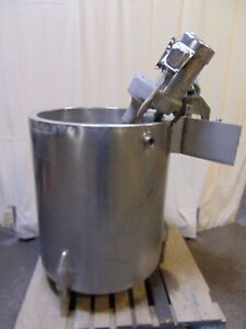 75 Gallon Vertical Stainless Steel Jacketed Tank With 2 Hp Mixer Blender