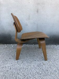 Rare Eames Lcw 1950 S Production 525 Lounge Chair Herman Miller Vintage