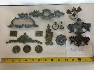 Antique Brass Furniture Trim Applique Floral Decoration Pulls