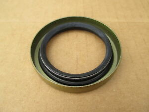 Front Crankshaft Oil Seal For Allis Chalmers 10 Baler 303 60 Combine 60a 60h 66