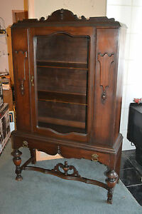 Antique Wood Glass China Curio Cabinet Chinaware Display Show Case Finial